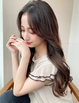 前髪なしと韓国風顔まわりで作るヨシンモリヘア表参道ロング(MM-55)