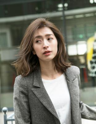 働く女性の髪型ボブ(HR-446)