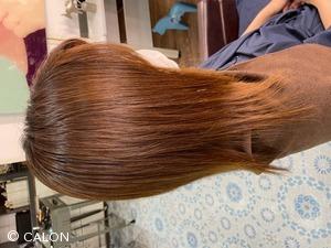 ダメージレス酸性縮毛矯正と艶カラー