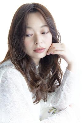 【辛めフェミニン】洗練系の甘×辛ミックスなロングスタイル