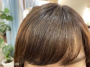 傷まない 縮毛矯正 自然な前髪