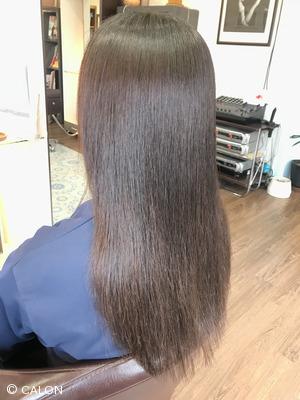 繰り返しかけた縮毛矯正のダメージを改善!酸性薬で髪質改善縮毛矯正