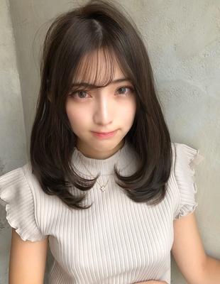 女性らしいシルエット 髪型に関節を 大人透明感カラー(SHー4)