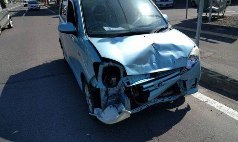 事故で廃車したらどうしたらいい?ディーラーに持ち込んだ後のベストな手続き方法を解説