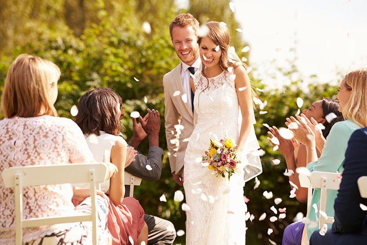 人前式の「立会人」は結婚の証人!立会人の役割と問いかけ例文まとめ