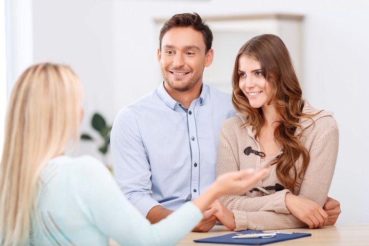 納得できない!?結婚式の持ち込み料の相場と交渉術4選