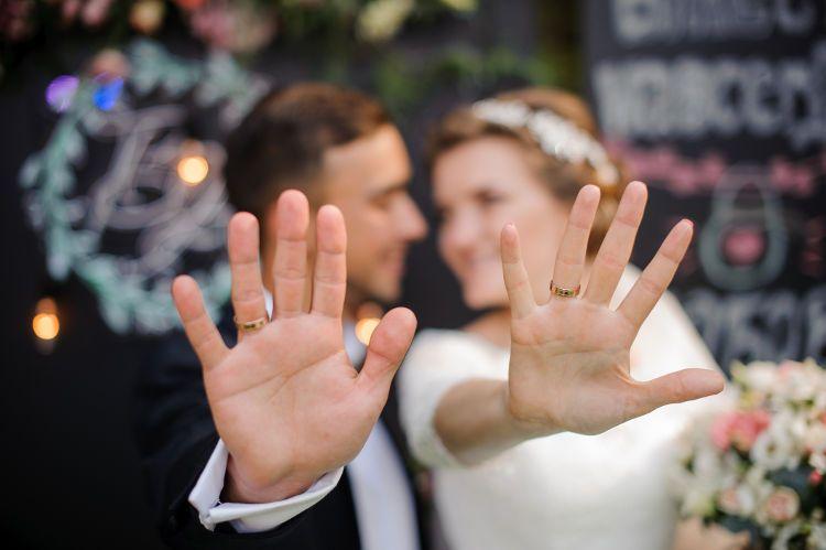 結婚指輪 新郎新婦