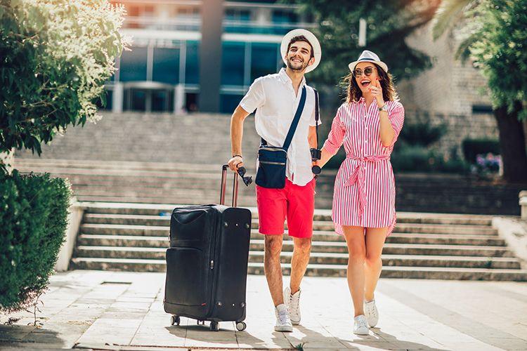 結婚でパスポートの氏名・住所・本籍を変更する際の対応まとめ