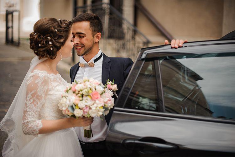 結婚式をするなら11月がオススメ!人気の理由と時期の決め方