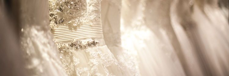 724509227d548 4、お気に入りのドレスがない場合は外部のドレスショップを検討