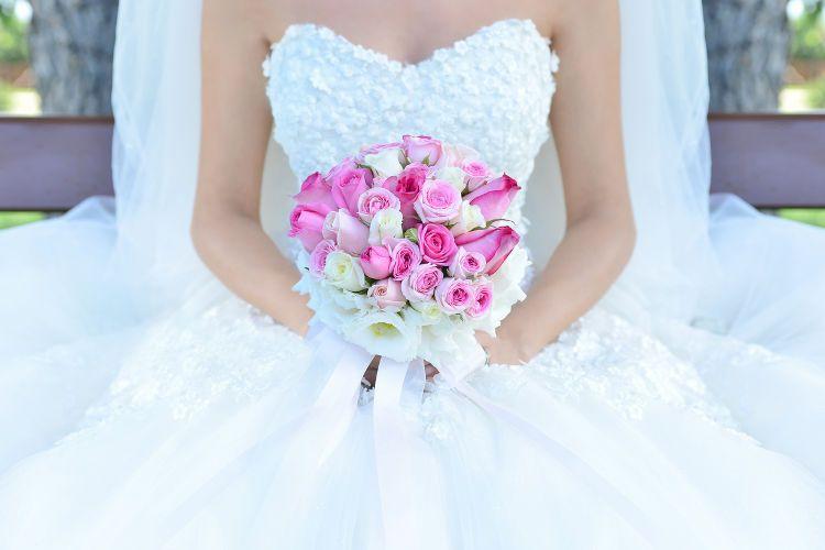 ウエディングドレス購入のメリット&おすすめドレスショップ5選