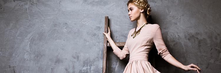 501e892969096 かわいいは20代で卒業!30代の結婚式ドレスは「品の良さ」をポイントに選ぶ. 女性 ワンピース