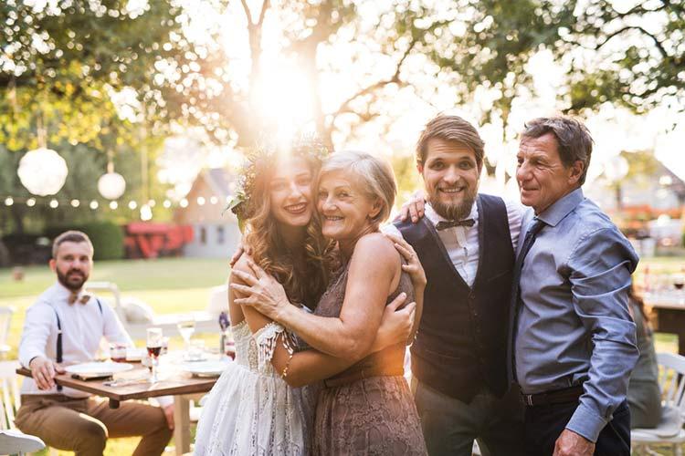 絆深まる少人数結婚式を!少人数結婚式のメリット・デメリットまとめ
