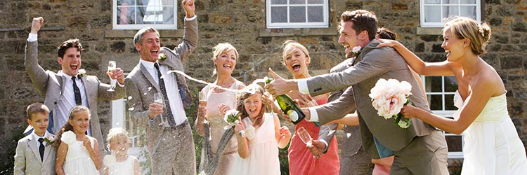 結婚式 シャンパン
