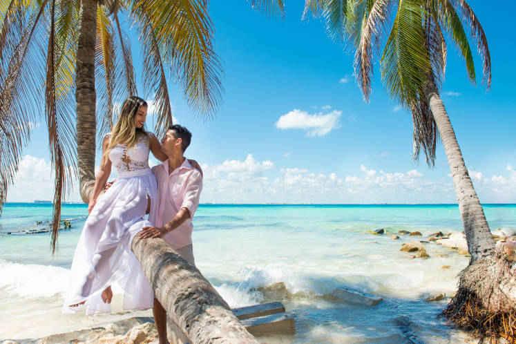 ハワイ 結婚 式場 ベスト ぶら い だ る リゾート 公式