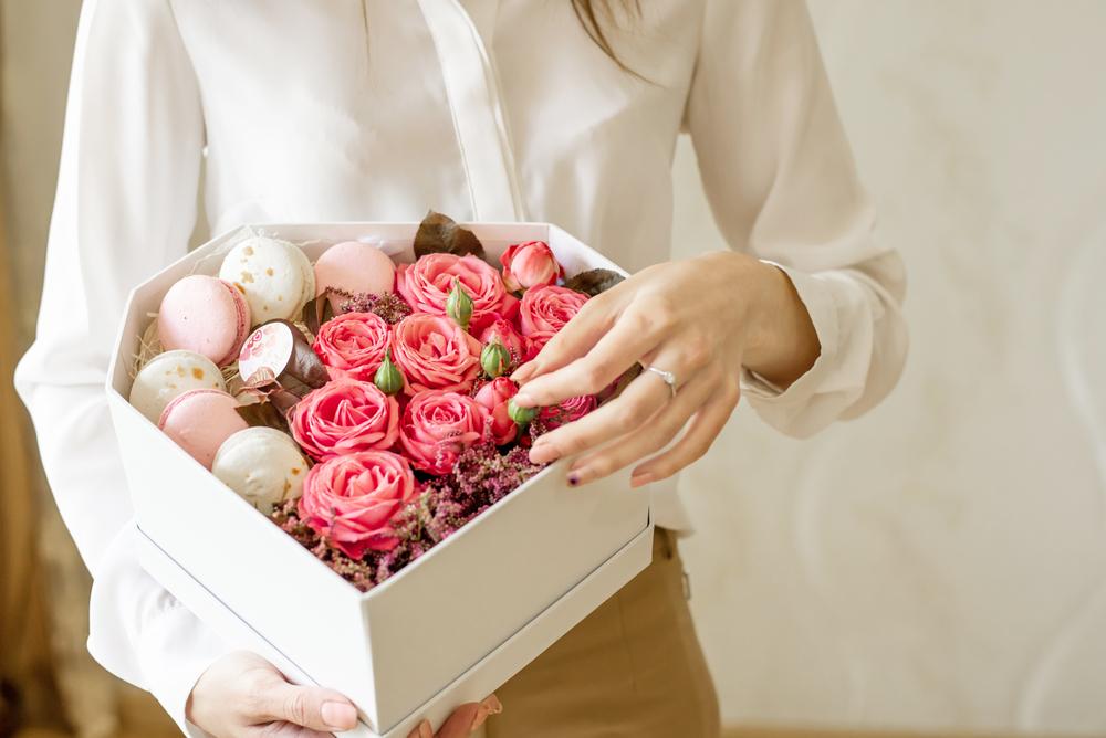 結婚祝いを貰ったら内祝いを贈るのがマナー!贈る時期や品物の選び方
