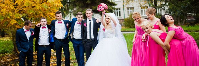 結婚式 新郎新婦 友人 ウエディング
