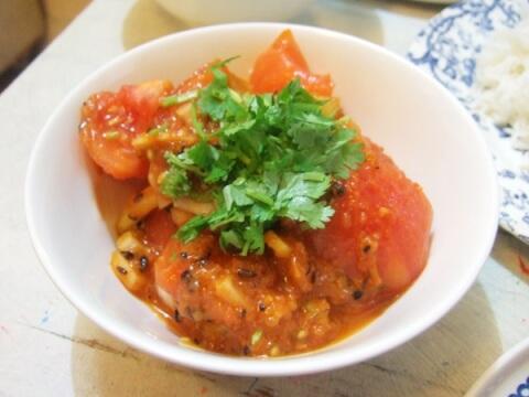 冷やしトマトカレー タピ 新大久保 おすすめ エスニック ランチ ネパール料理
