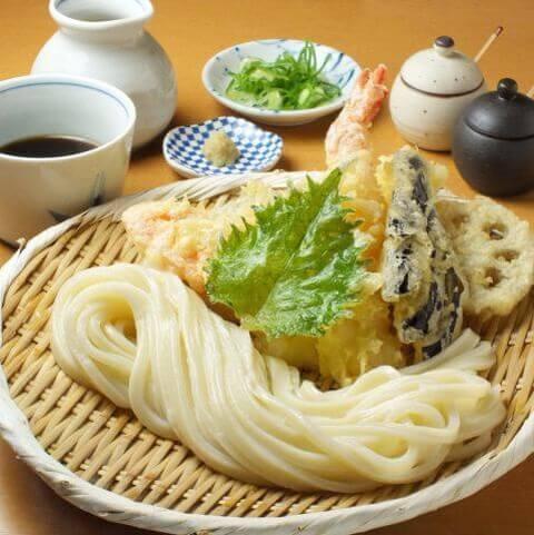天ぷらうどん 切麦や 甚六 新宿御苑 ランチ おすすめ 和食 うどん
