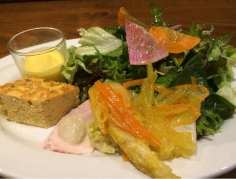 サラダと前菜 ラ ブォナ ヴィータ 代々木駅 ランチ おすすめ イタリアン