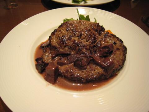 丸の内 洋食 レストラン大宮 ディナー おすすめ カジュアルディナー 家族 子供連れ ハンバーグステーキ