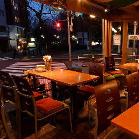 南欧魚介料理とビアガーデン赤バルレッツェ 池袋店 東京 ビアガーデン