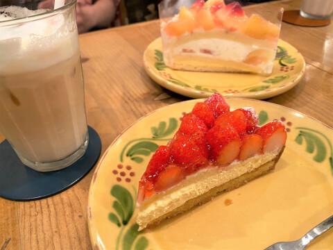 池袋カフェ アラカンパーニュ ケーキ