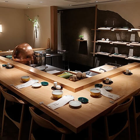 神楽坂でおすすめのおしゃれな和食ディナー、個室つきで誕生日デートに人気な天婦羅 あら井