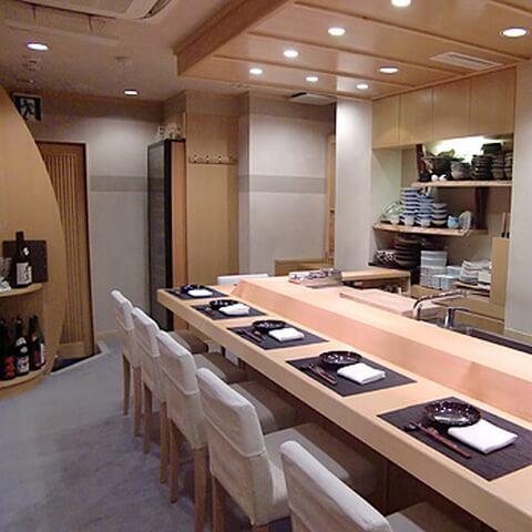 銀座 ディナー 和食 日本料理 綾 店 カウンター