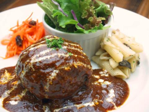 新宿 肉ランチ ビストロ熟肉 手ごねハンバーグ