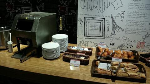 カフェ ランデブー 新宿 カフェ 西口  おしゃれ