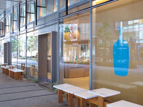 ブルーボトルコーヒー  新宿 新南口 おすすめ カフェ おしゃれ