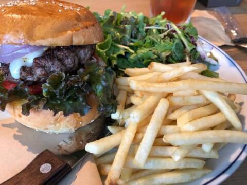 カフェ ハドソン 新宿ミロード 新宿 ハンバーガー ランチ テイクアウト 人気