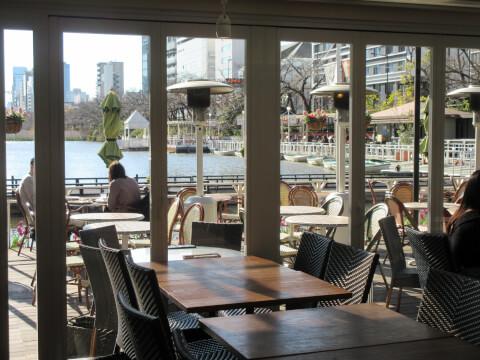 『カナルカフェ』のレストランサイドの景色