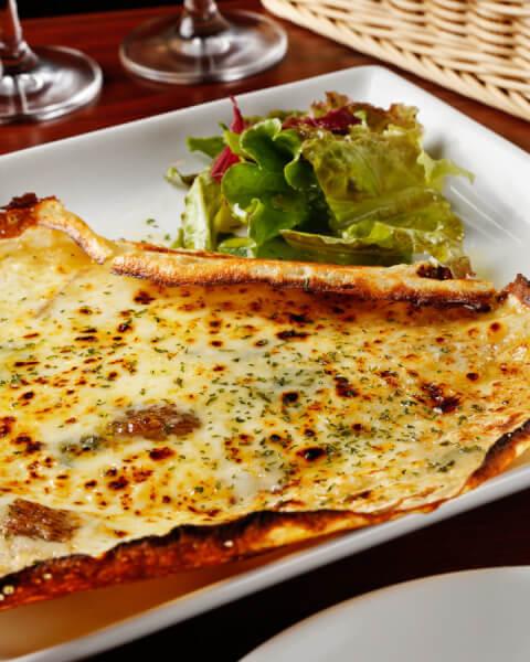 田町 居酒屋 ビストロ&スペイン古民家バル chab チーズガレット