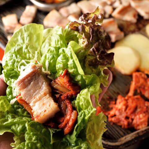 チョッテジヤの料理画像 サムギョプサルセット