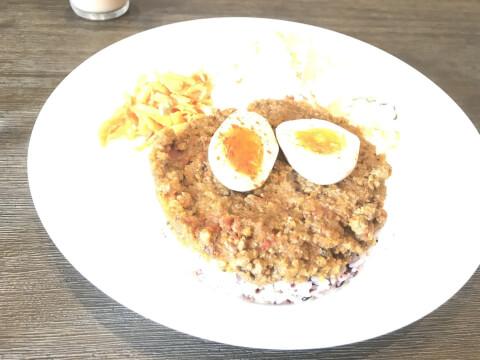 jiyugaoka-cafe-jiyugaokaplus-curry