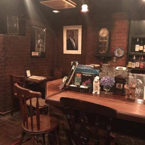 新宿のおしゃれで安いおすすめバー、隠れ家に人気のダグ