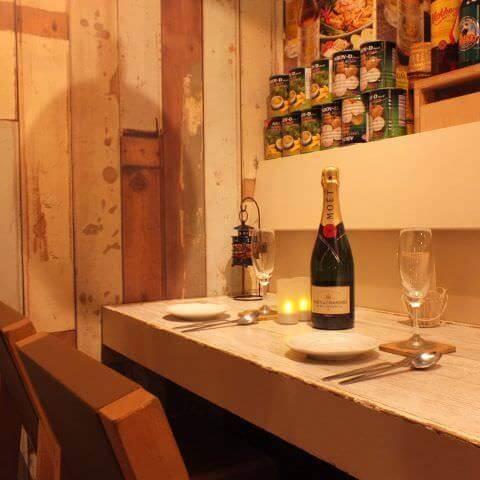 恵比寿 居酒屋 ガパオ食堂 おしゃれなカウンター席