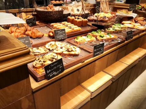 ベーカリー カフェコーナー EBISU FOOD HALL 恵比寿 レストラン おすすめ ランチ ディナー おしゃれ 女子会