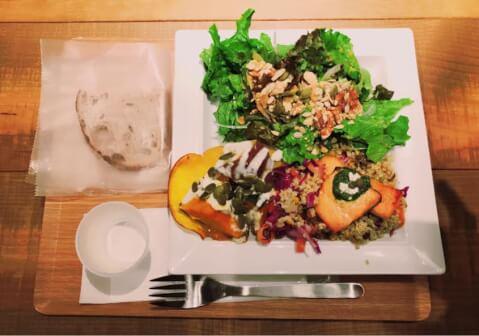 サラダ カフェコーナー EBISU FOOD HALL 恵比寿 レストラン おすすめ ランチ ディナー おしゃれ 女子会