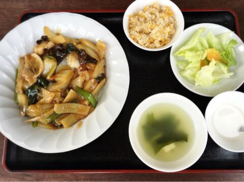 燕 東京茶楼 本日の定食