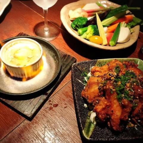 新宿 昼飲み ごまや おすすめ 人気  バーニャカウダ