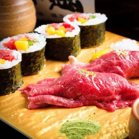 八卦よい肉寿司
