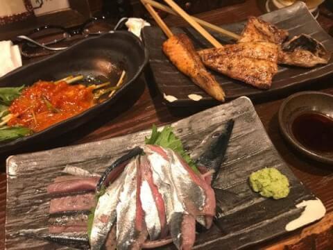 魚串焼き 炭火焼専門食処 白銀屋 新宿 居酒屋 肉 魚 海鮮 西新宿 西口