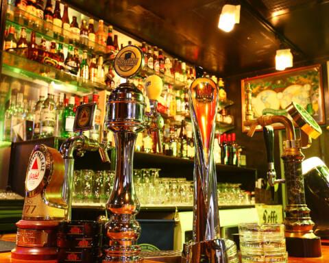 ギネスビール DiningBeer Hall ROAD HOUSE ロードハウス 新宿西口 居酒屋
