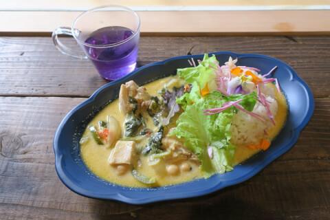 池袋カフェ hanabar カレー
