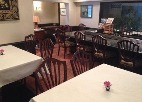 ハンガリーレストラン アズ フィノム 原宿 ランチ おすすめ