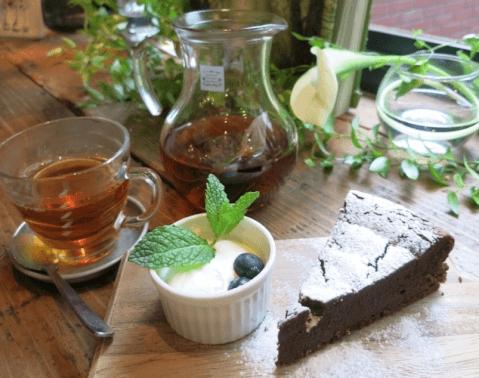 ティーハウス-紅茶とケーキ