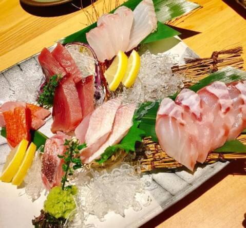 外苑前の安いおすすめ居酒屋、魚が人気のひふみ